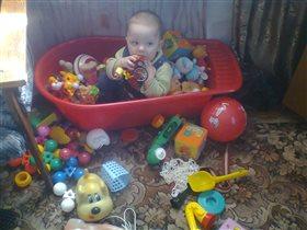 Затерялась я в игрушках...