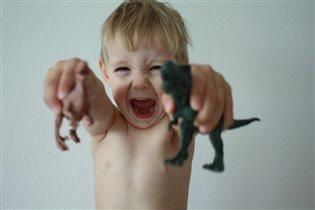 Я в игре! Сеня с любимыми динозаврами