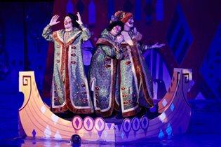 Шоу на воде «Сказка о царе Салтане»