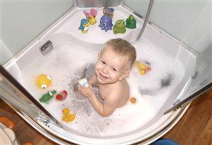 Лучшие игрушки - в ванной поплавушки!
