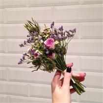 Мини-букет с розами