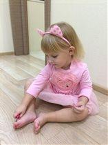 Принцесса София собирается на бал:)