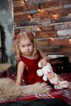 Принцесса собирается на Новогодний бал!