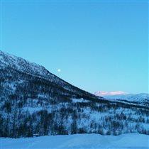 Вечерний зимний пейзаж