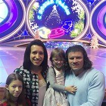 Елена Борщева: семейное фото в честь 14-летия встречи с мужем