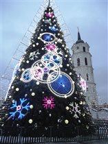 Елка в Вильнюссе с каждым годом все прекрасней!!!