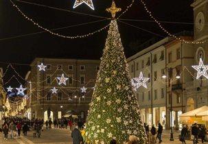 Эмилия-Романья: рождественские ярмарки в Болонье, Римини и бесплатный концерт