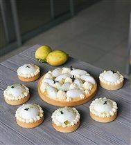лимоны из Амальфи просто обязаны стать тарталеткой