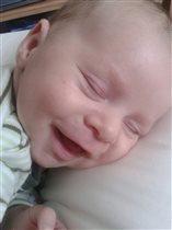 Сном прекрасным наслаждаюсь - улыбаюсь...