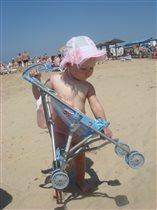 Море, солнце, пляж, песок.