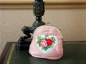 Сумочка со старинными розами