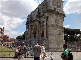 Триумфальная арка Константина в Риме