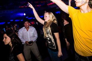 Жизнь наполнена драйвом на рок-концерте
