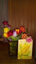 Первые подаренные цветы в начало весны