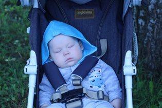 как же хорошо спать на свежем воздухе.