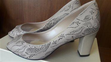 Продам туфли Gode маркировка 38,5