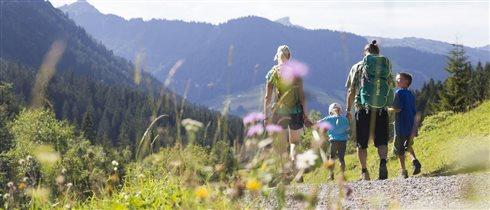 Австрийские Альпы: 6 маршрутов с детьми