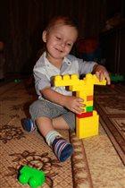 Юный строитель.
