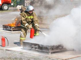 Быть пожарным - это кайф. Я люблю пожарный драйв.