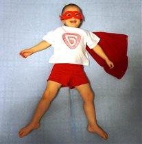 Супергерой  Даня спешит на помощь!