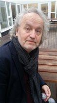 Новый перевод 'Алисы в стране чудес': встречи с писателем и переводчиком Евгением Клюевым