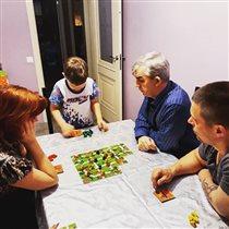 Любимые игры - которые собирают всю семью!