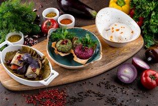 Дегустационный сет ресторана 'Ткемали' - недорого и вкусно