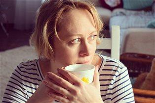 Утро с мамой за чашкой чая.