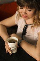за чашкой чая в любим кафе