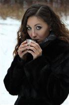 Чашка чая всегда согреет во время зимней прогулки