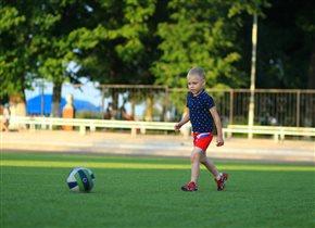 везде всегда с мячом!!!!!!!