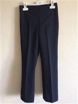 Школьные брюки на 134 см. 300р.