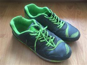 Номер 20 - кроссовки 42 размер