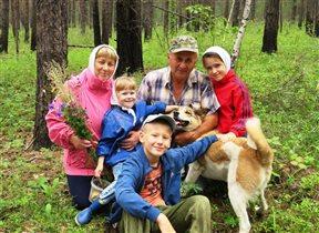 Всей семьёй за грибочками