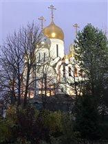Храм в Зачатьевском монастыре