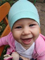 Дочка улыбнись!