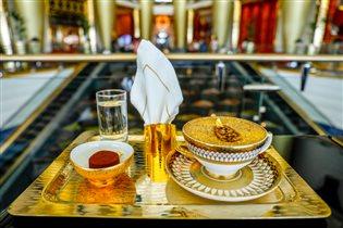 Золотой капучино в отеле Burj Al Arab Jumeirah