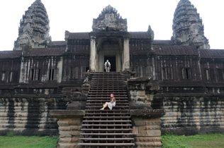 Лестница храма Анкор. Камбоджа