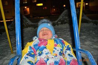 Качаемся впервые, веселая северная зима!