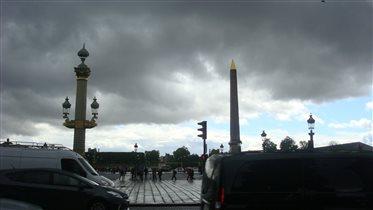Тучи над Парижем