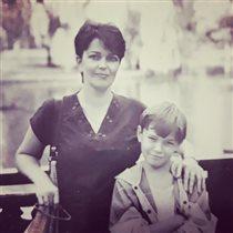 Максим Матвеев мама