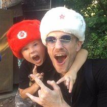 Максим Матвеев со старшим сыном
