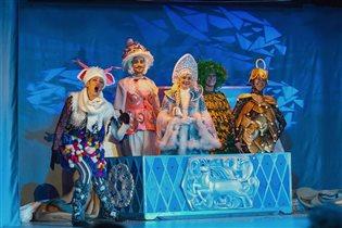 'Новогодний кураж или сундук Деда Мороза!' - спектакль с аквагримом и дискотекой