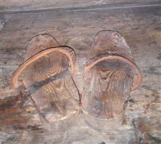 Старинные туфельки