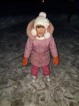 Вот счастливые деньки - снег, лед и любимые коньки