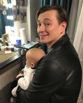 Сергей Безруков: фото с 3-месячным сыном