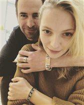 Екатерина Вилкова: смешные фото со съёмок сериала 'Шифр' и сын с хвостиком