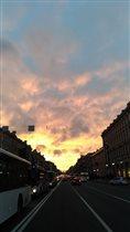 Невский проспект зовет в закат...