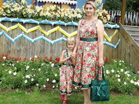 Выход в свет на деревенский праздник