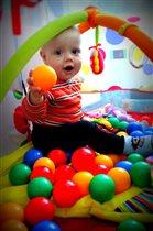 изучаем цвета на шариках